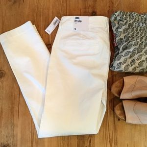 NWT, Old Navy Pixie Skinny Jeans, 6